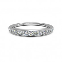 Ritani Women's Pave Diamond Wedding Band - 92378
